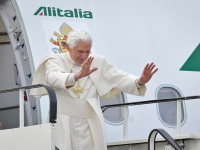 Emeritus Pope Benedict denies his resignation was a 'carnival joke'