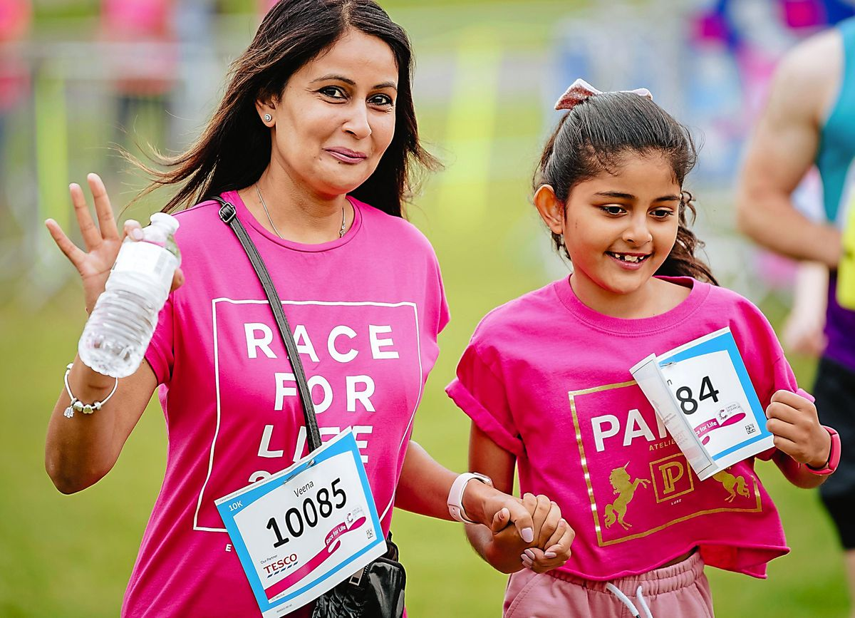 LAST COPYRIGHT SHROPSHIRE STAR JAMIE RICKETTS 12/09/2021 - Race for Life 2021 at Telford Town Park in Telford..