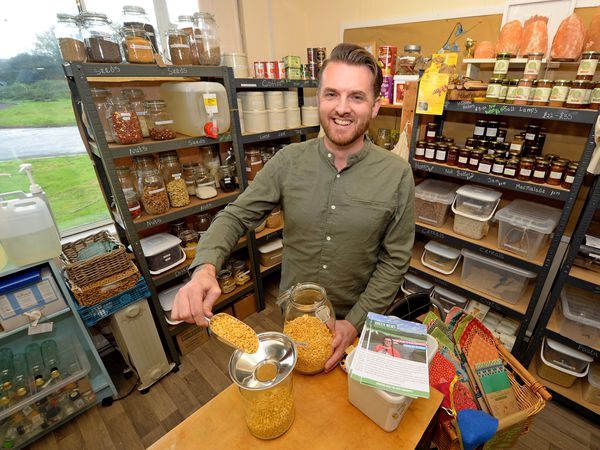 FEATURES COPYRIGHT EXPRESS&STAR TIM THURSFIELD-05/10/20.Pics at Stafford's first plastic free shop called Roots Larder, for a Weekend feature. Shop offers a wide range of wholefoods, loose leaf teas and confectionery all without unnecessary plastic packaging. They also recycle plastic products that can be hard to recycle elsewhere. Pictured is owner Nigel Evans..