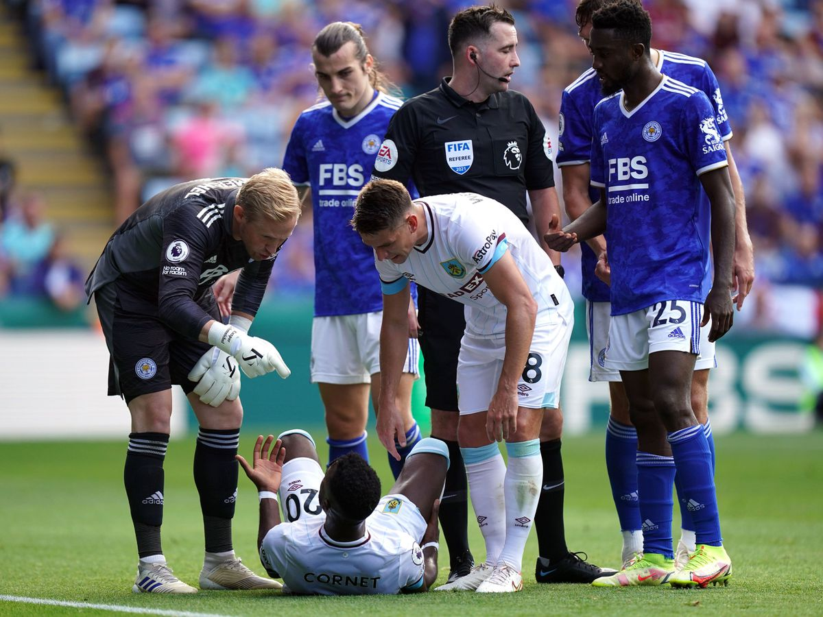 Leicester goalkeeper Kasper Schmeichel appears angered by Burnley's tactics