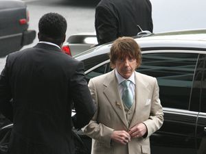 Phil Spector Retrial – Los Angeles
