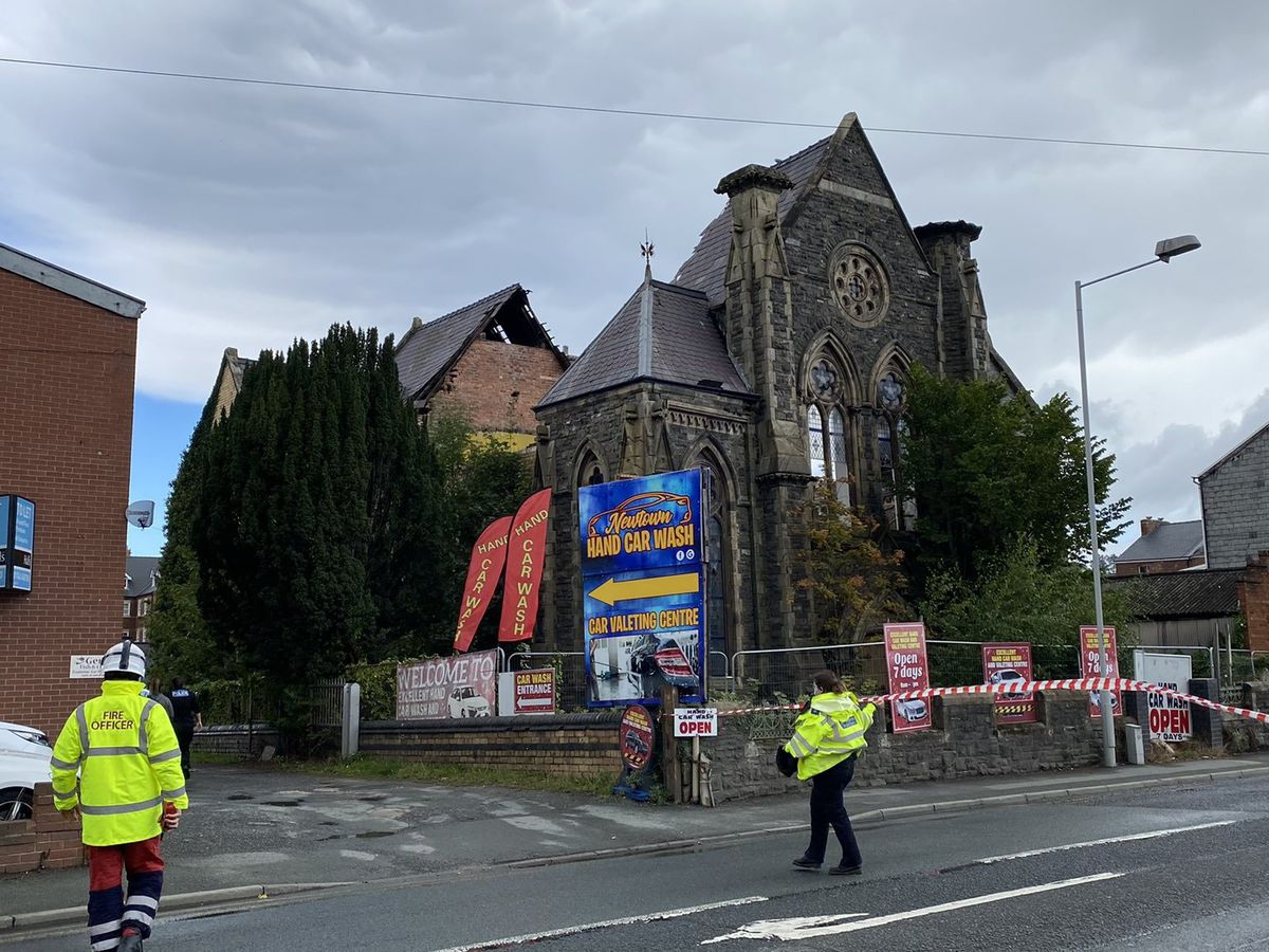 Emergency services closed the road outside the chapel shortly after the collapse. Photo: Paul Williams H18-PDW Photography
