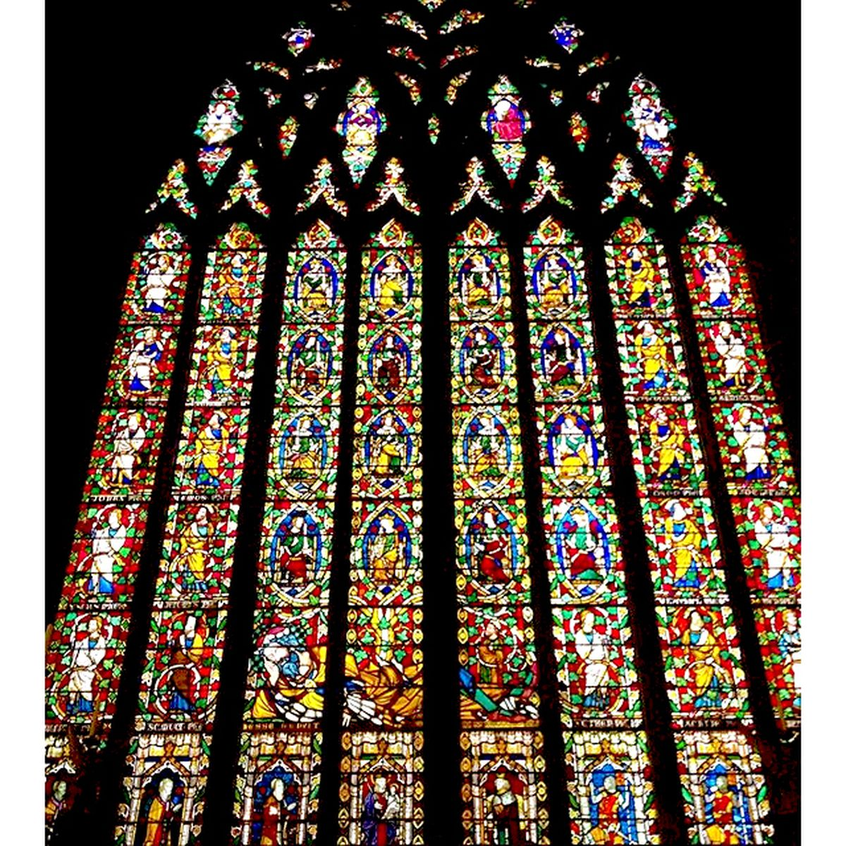 The famous stained glass windows in St Mary's Church Shrewsbury (credit: @ferch_hapus)