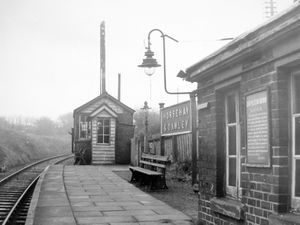 nostalgia pic. Horsehay. nostalgia pic. Dawley. Horsehay and Dawley railway station in February 1962. This is a print in the Shropshire Star picture archive. It has the Express and Star copyright stamp and the photographer was Bob Craig. The photographer's date written on the back is 21/2/62, i.e. February 21, 1962, which will be when it was taken. There is no datestamp so it may not have been published. Railway stations. Station platform. There is a Great Western Railway notice on the wall. Library code: Horsehay nostalgia 2021. Dawley nostalgia 2021..