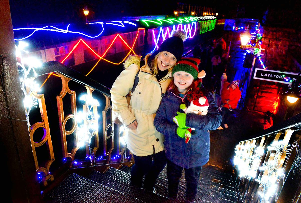 LAST COPYRIGHT SHROPSHIRE STAR STEVE LEATH 10/12/2019..Pic in Bridgnorth at the Severn Valley Railway where they had there Lights and Steam event ( pics taken in torrential rain).  Katie and Tracy Bishop..