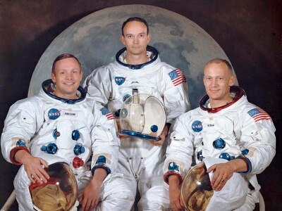 Apollo 11 astronauts return to launch pad 50 years on from moon heroics