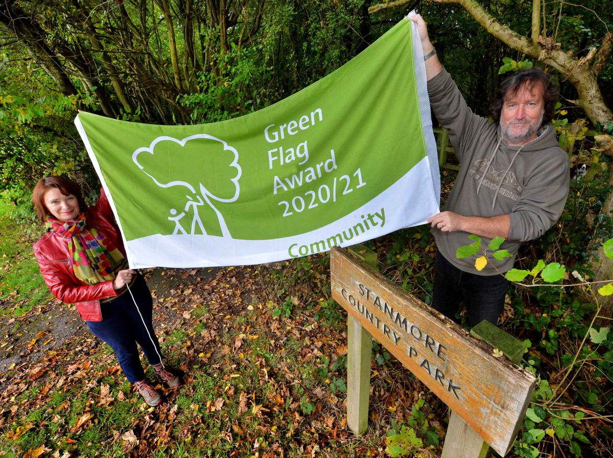LAST COPYRIGHT SHROPSHIRE STAR STEVE LEATH 14/10/2020..Pics in Bridgnorth at Stanmore Country Park, where they are celebrating after getting the Green Flag (Community) award. Chair of the friends of the park: Andy Howard and Secretary: Lucy Hockenhull are pictured..
