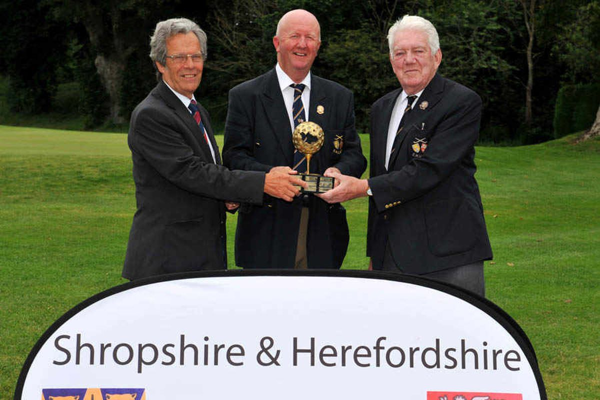 Nigel Chesters takes the S & H Seniors title