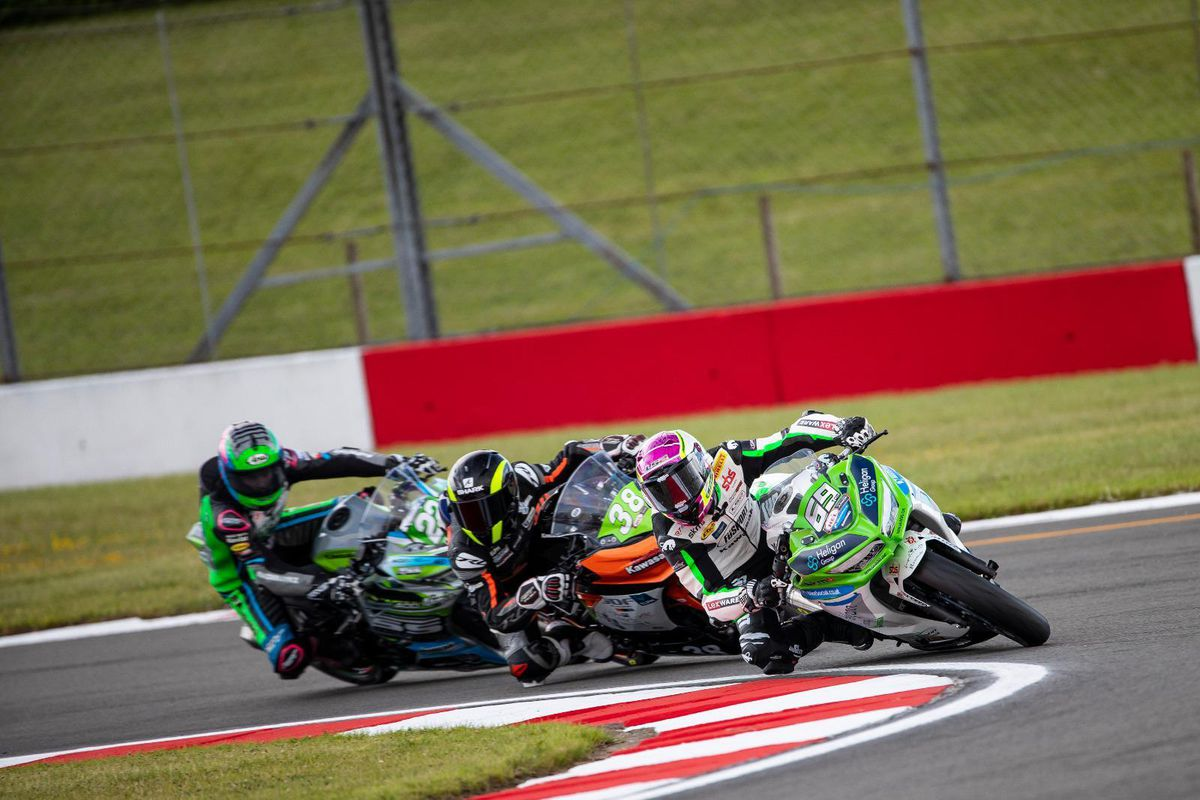 Booth-Amos leads the pack at Donington Park. Picture: James Morris