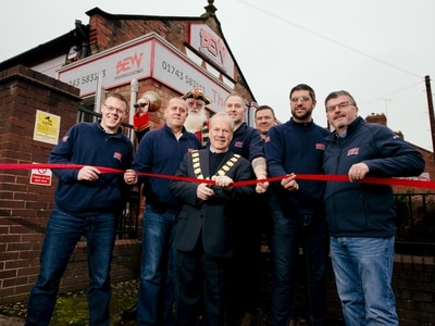 Shrewsbury mayor supports new business venture