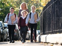 Families urged to walk, cycle or scoot with their children to school