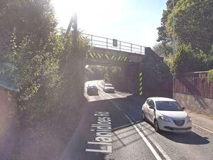 The road as it goes under Nantoer Bridge