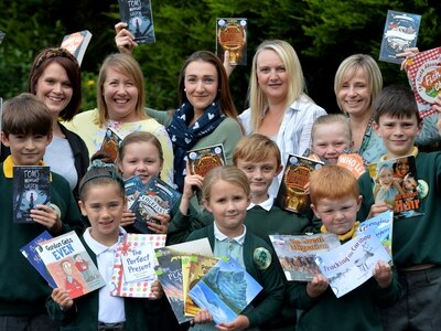 £1,000 raised for Shropshire school library