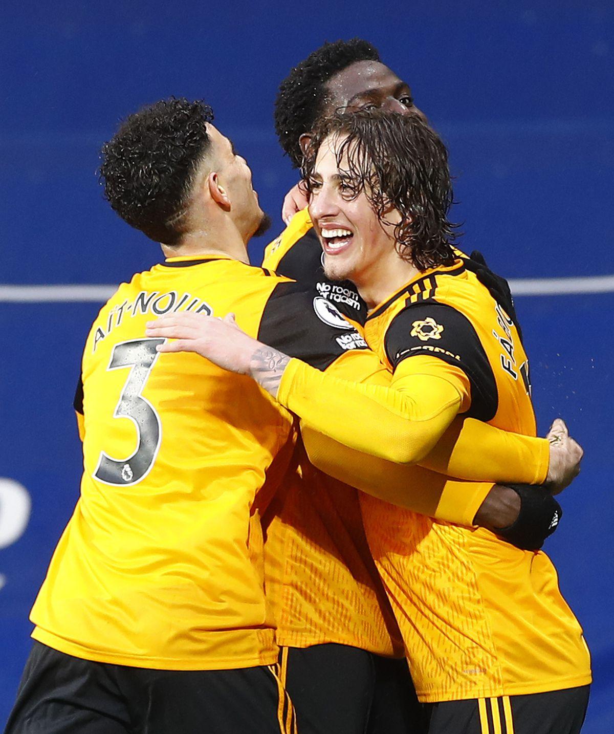 Wolverhampton Wanderers' Fabio Silva (right) celebrates