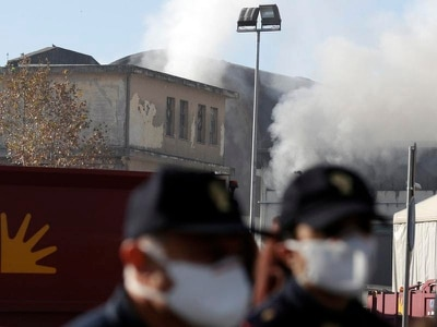 Rome's waste troubles turn into emergency after blaze