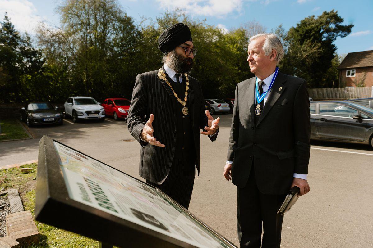 Broseley mayor Councillor Tarlochen Singh-Mohr speaks with the High Sheriff of Shropshire Tony Morris-Eyton