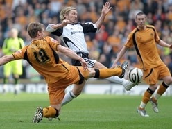 FC Oswestry Town set to face former Wales and Derby County midfielder Robbie Savage