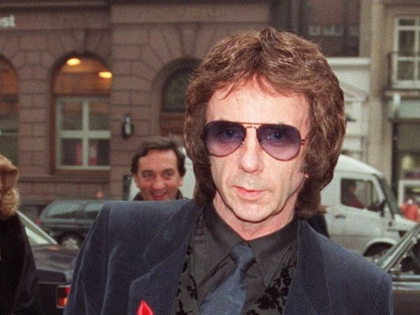 Courts Phil Spector