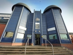 Inmates 'left to police themselves' at HMP Birmingham