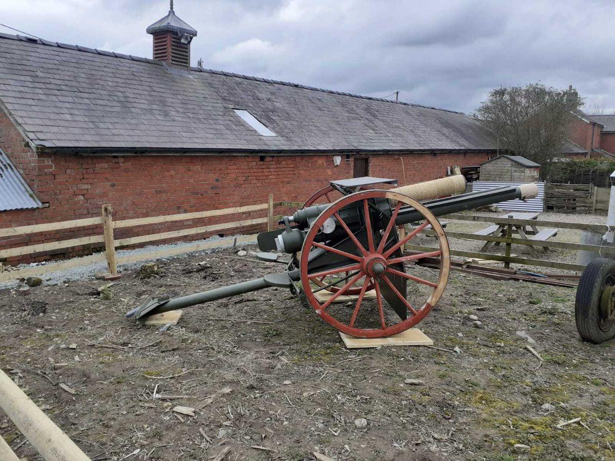 The replica artillery gun