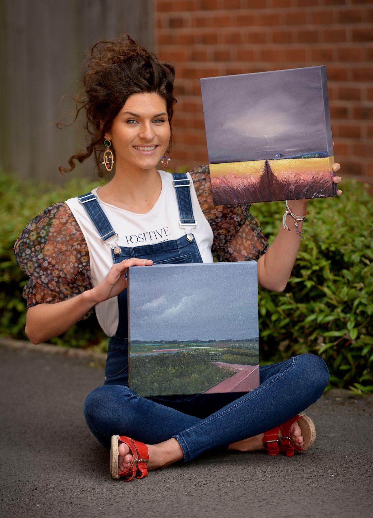 Shifnal artist Stephanie Potts announces the winners of the art raffle