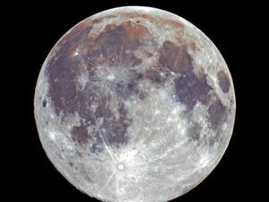 The snow moon captured by Jon Morris from Ellesmere