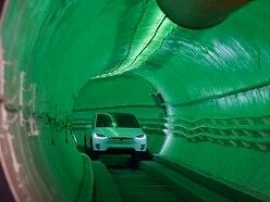 Elon Musk unveils traffic-busting underground tunnel
