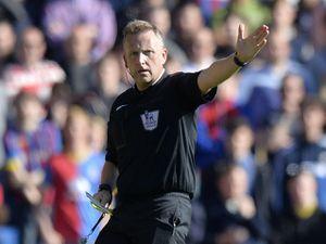 Referee Jon Moss. (AMA)