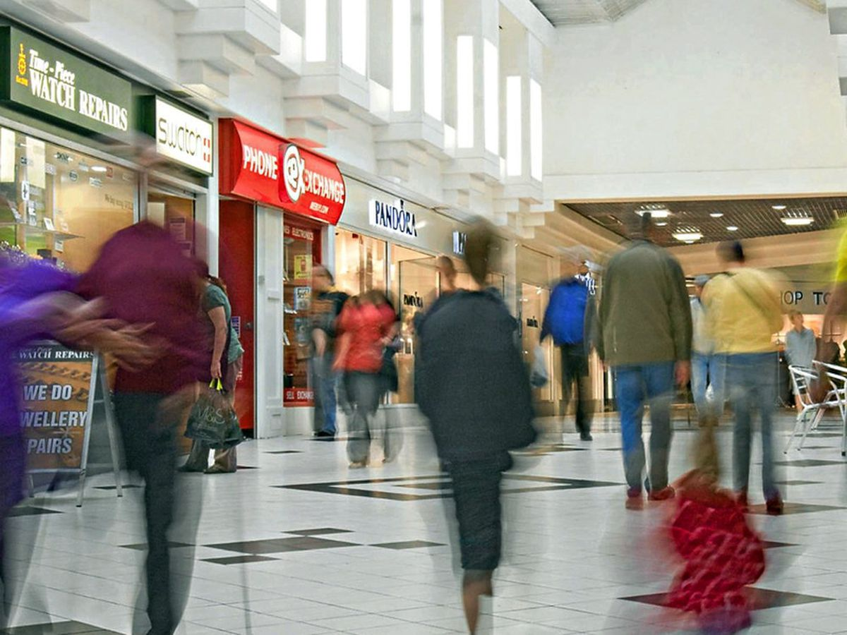 Shropshire Council takeover of Shrewsbury shopping centres backed