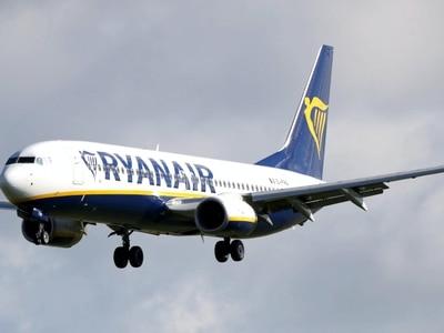 Deal struck to avert cabin crew job losses at Ryanair, Unite announces
