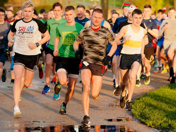 LAST COPYRIGHT SHROPSHIRE STAR JAMIE RICKETTS 22/12/2018 - Christmas Telford Park Run at Telford Town Park..