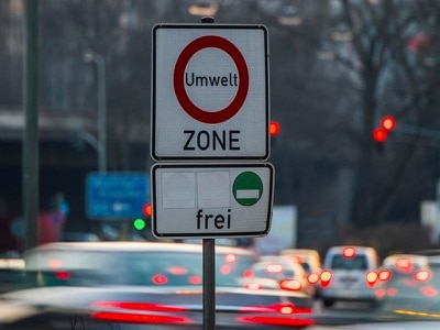 Court considers banning diesel cars in German cities to cut air pollution