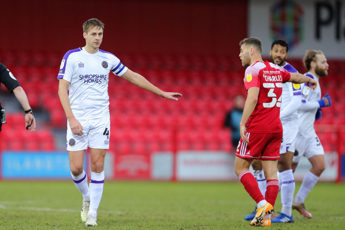Dave Edwards took the armband after coming on for his 200th Town appearance (AMA)
