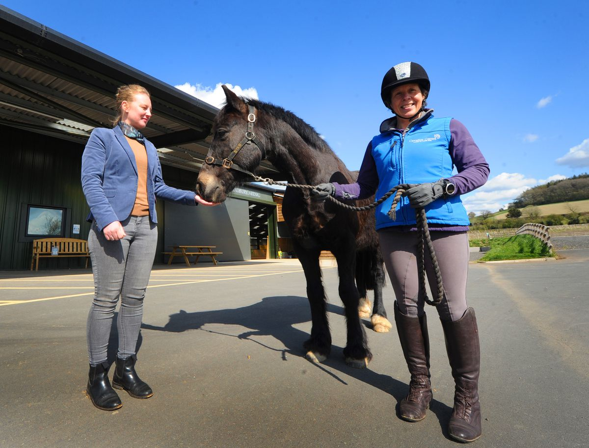 Rachel Lambert-Jones, Annabel Bolton and Star get ready for The Great Horse for Health Relay at The Cavalier Centre near Much Wenlock