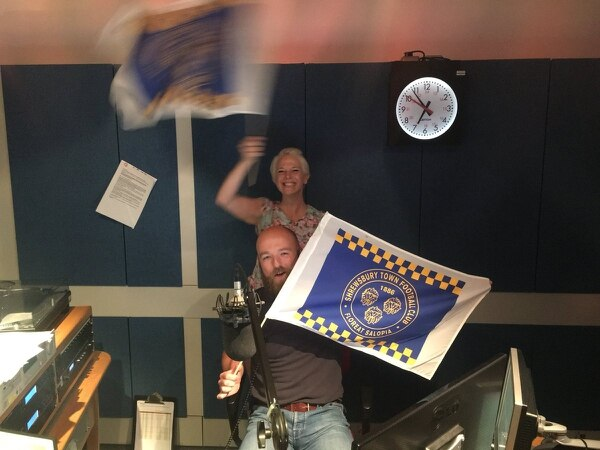 Shropshire radio presenter Vicki Archer dies