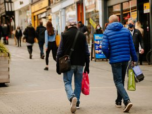 SHREWS COPYRIGHT SHROPSHIRE STAR JAMIE RICKETTS 12/04/2021 - Shrewsbury Shopping - Shrewsbury Pride Hill - Retail shops are now back open as more Lockdown Restrictions are eased..