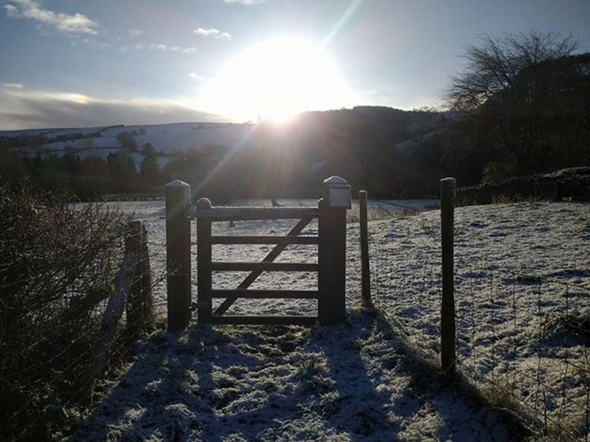 Snow in Newcastle on Clun. Photo: Rebecca Benson.