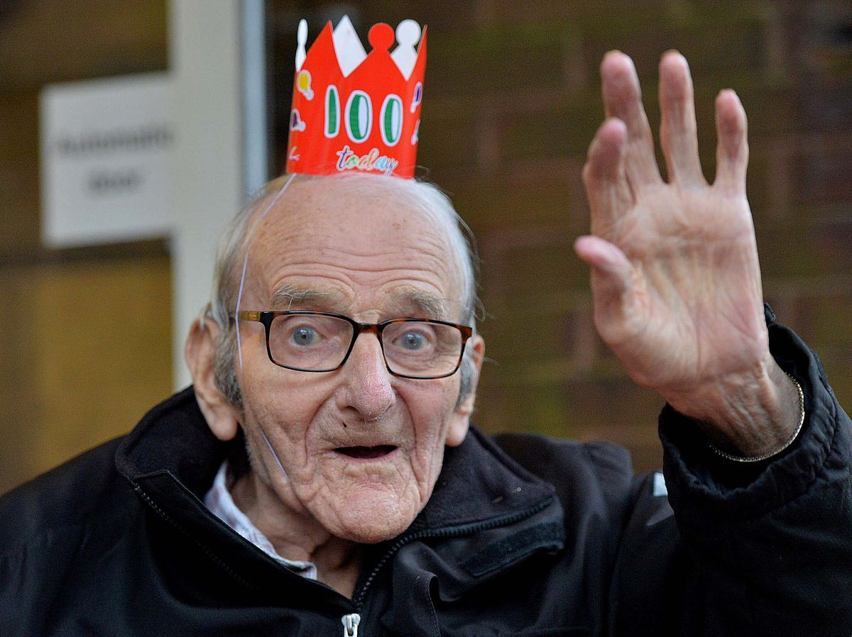 A wave from birthday boy Stan.