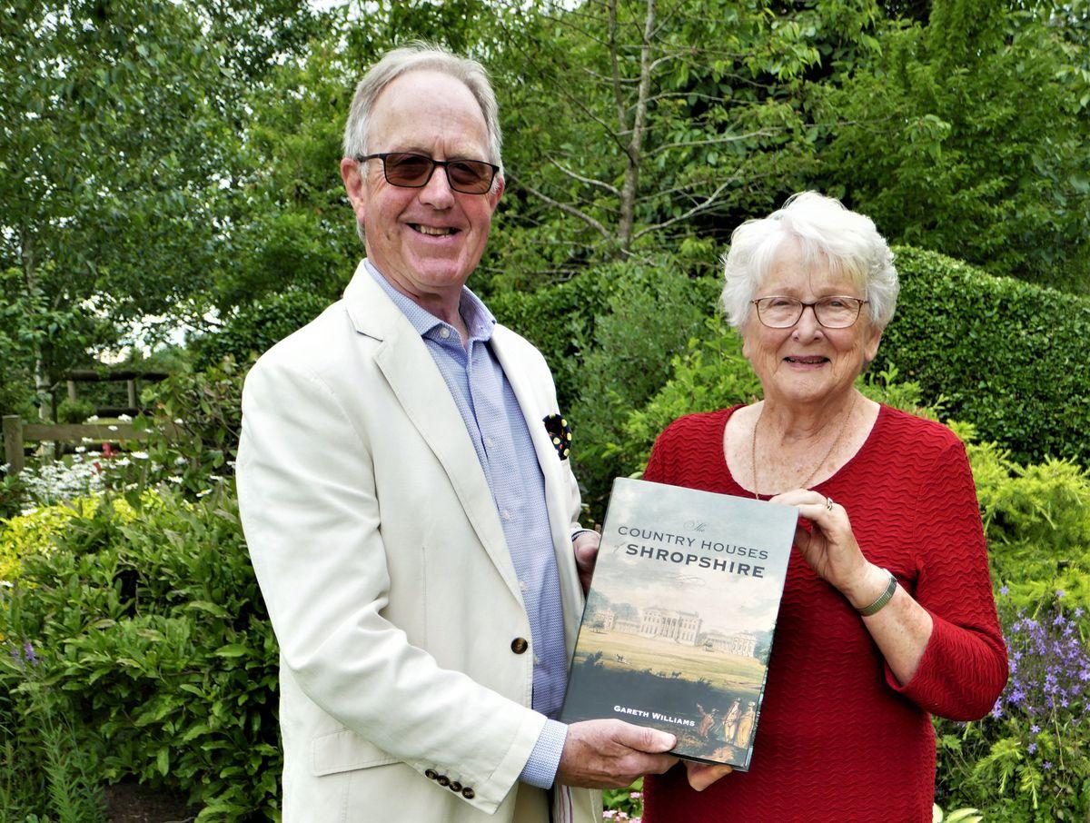 David Franklin with arts society member Phoebe Nattrass