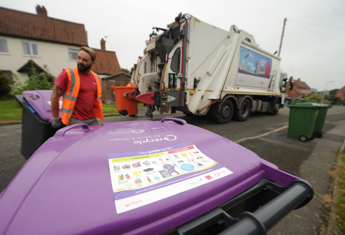 Contractor Veolia collects bins in Telford and Shropshire