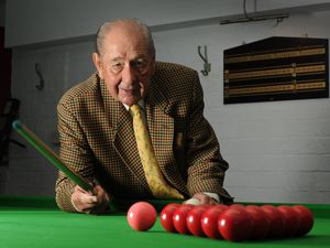 Rex Williams at Pockets Snooker Club, Kidderminster