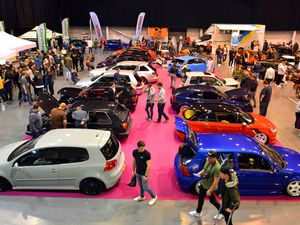 Ultimate Dubs Car Show at the Telford International Centre by Steve Leath