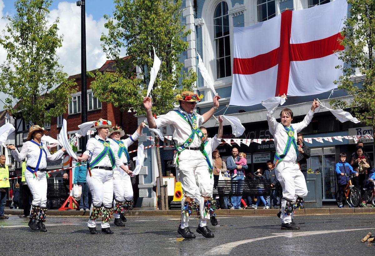 Bedcote Morris performing in Newport