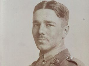 Wilfred Owen: Shropshire poet's words to feature on £2 coin