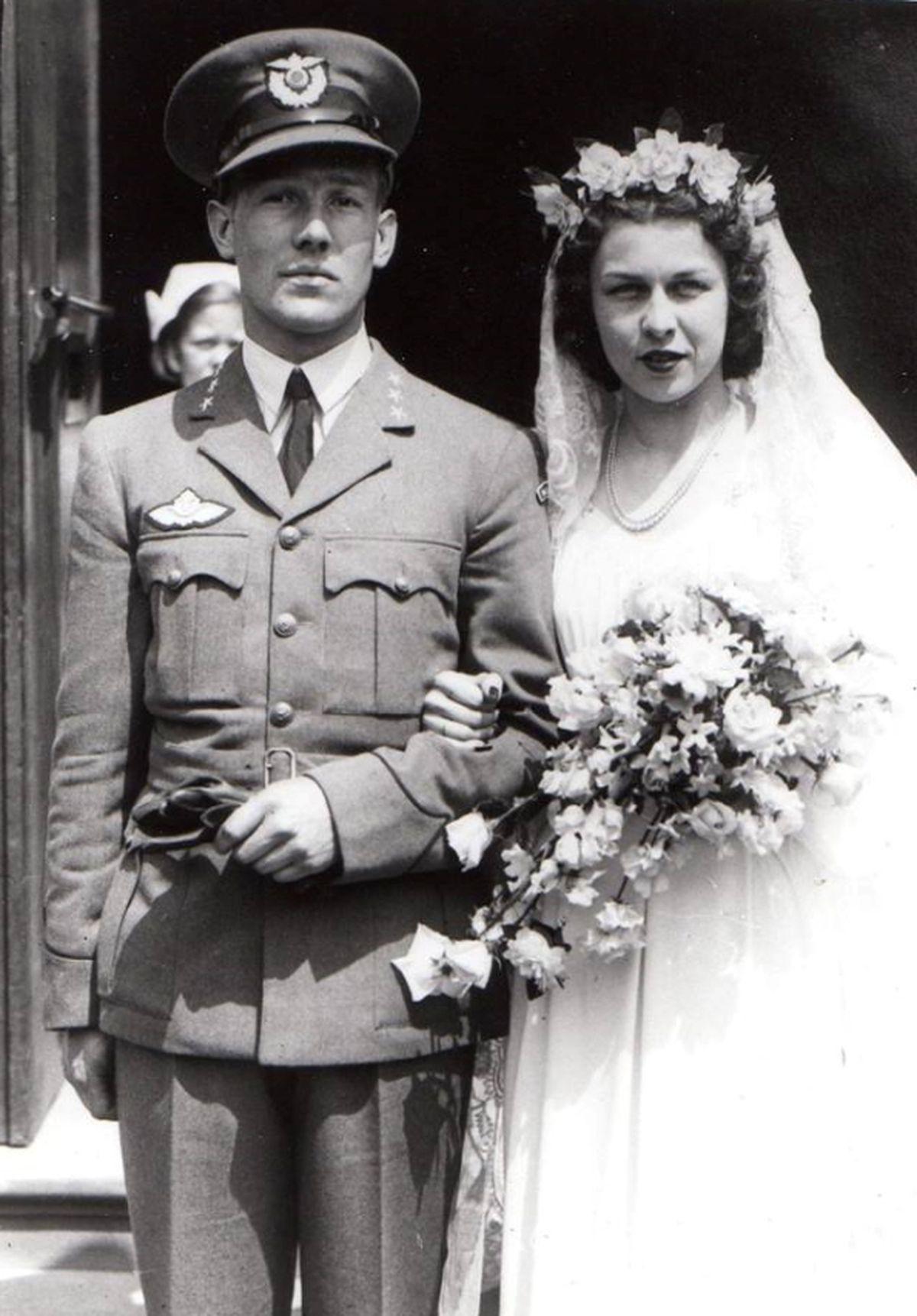 Karl's wedding to Sonja Irgens in June 1941.