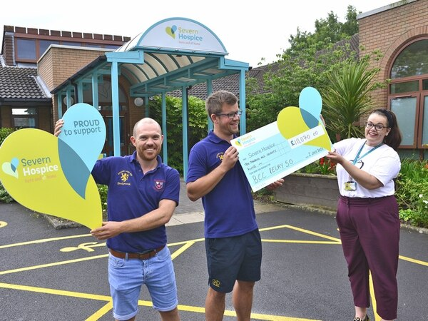 Bridgnorth cricket duo's exercise challenge goes global and raises £10,000 for Severn Hospice