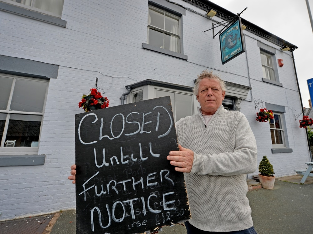 Pubs ready for Welsh influx as border forces half of village to stay closed