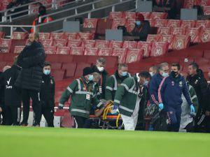 Raul Jimenez is taken away on a stretcher (AMA)