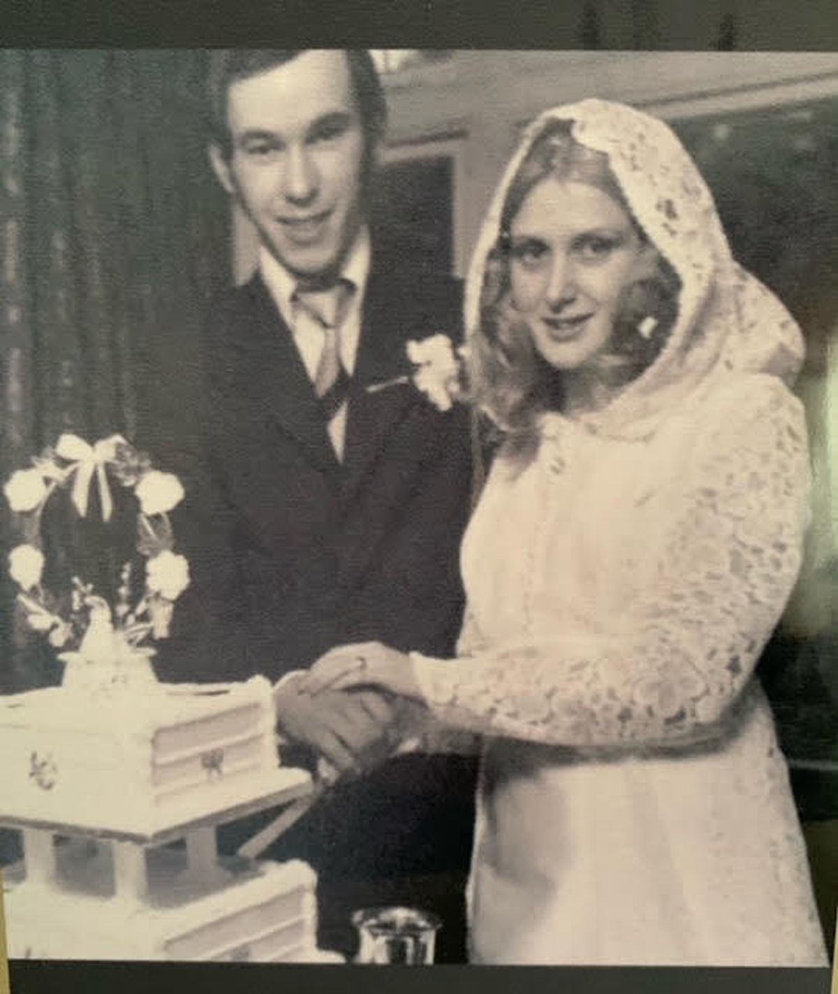 Kenny and Anne Barber on their wedding day in 1973