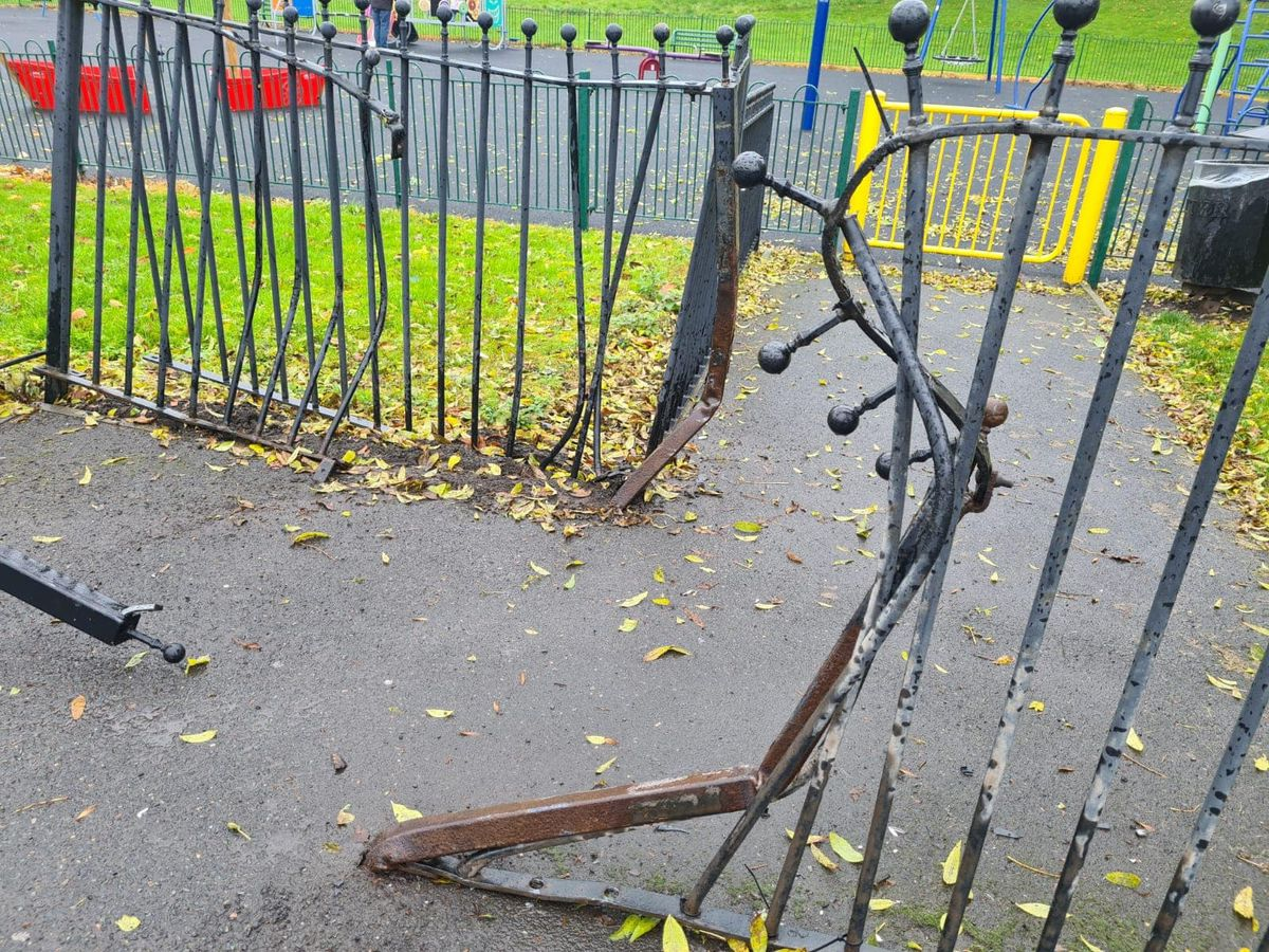 A section of railing was mangled beyond repair. Photo: Thomas Janke
